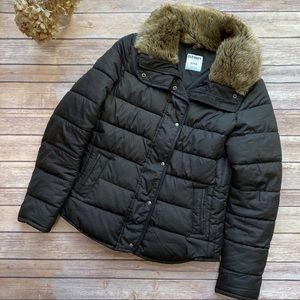 Old Navy | Black Puffer Jacket